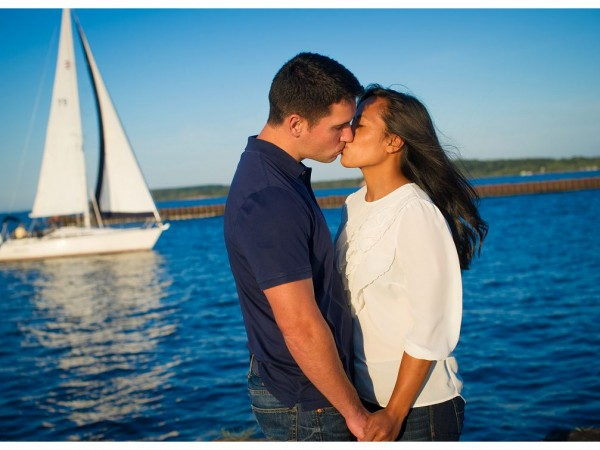Hannah & John's Lake Ontario Beach Engagement Session